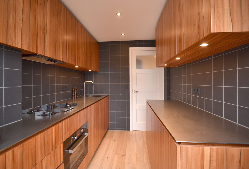 kitchen of Indian apple/Tineo wood